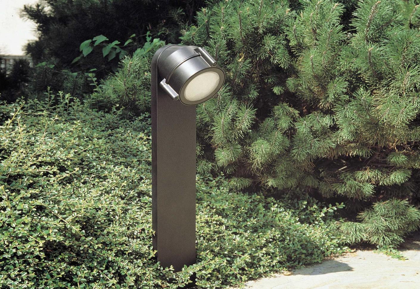 Top by ing castaldi illuminazione stylepark for Best landscape lighting brands