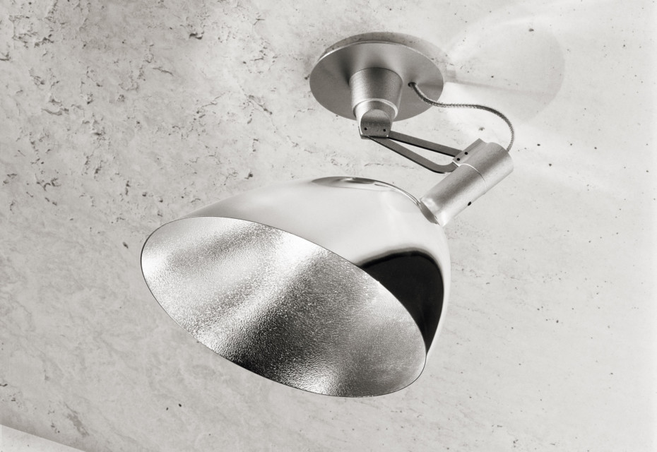 Tooling ceiling light