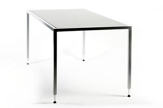 C.D. STACK TABLE  von  inno