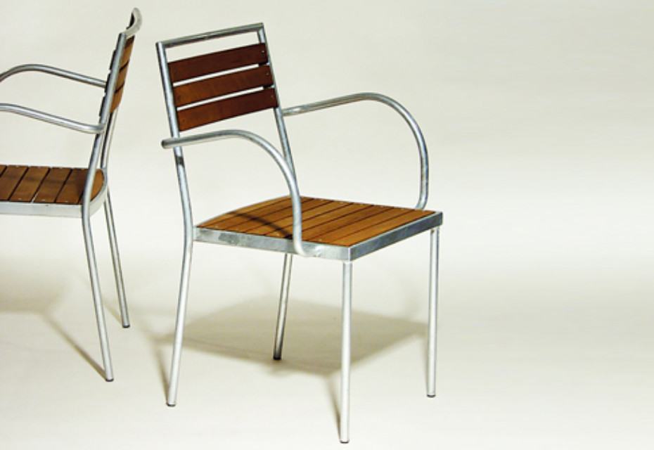 C.D. STACK TERRACE with armrests