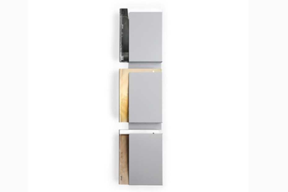 WALL CASE