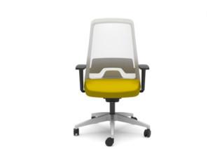 EVERYis1 swivel chair  by  Interstuhl