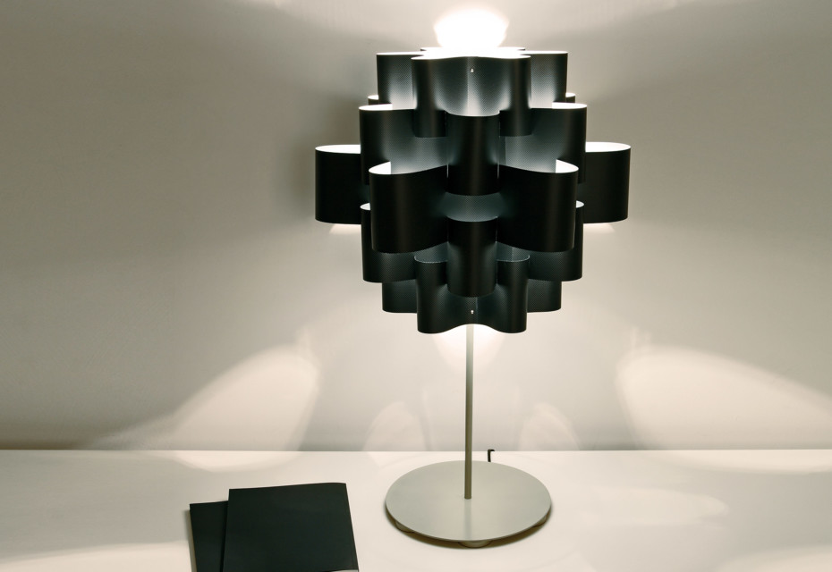 Black Sun Carbon table lamp