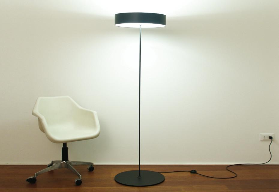 Half Moon floor lamp low