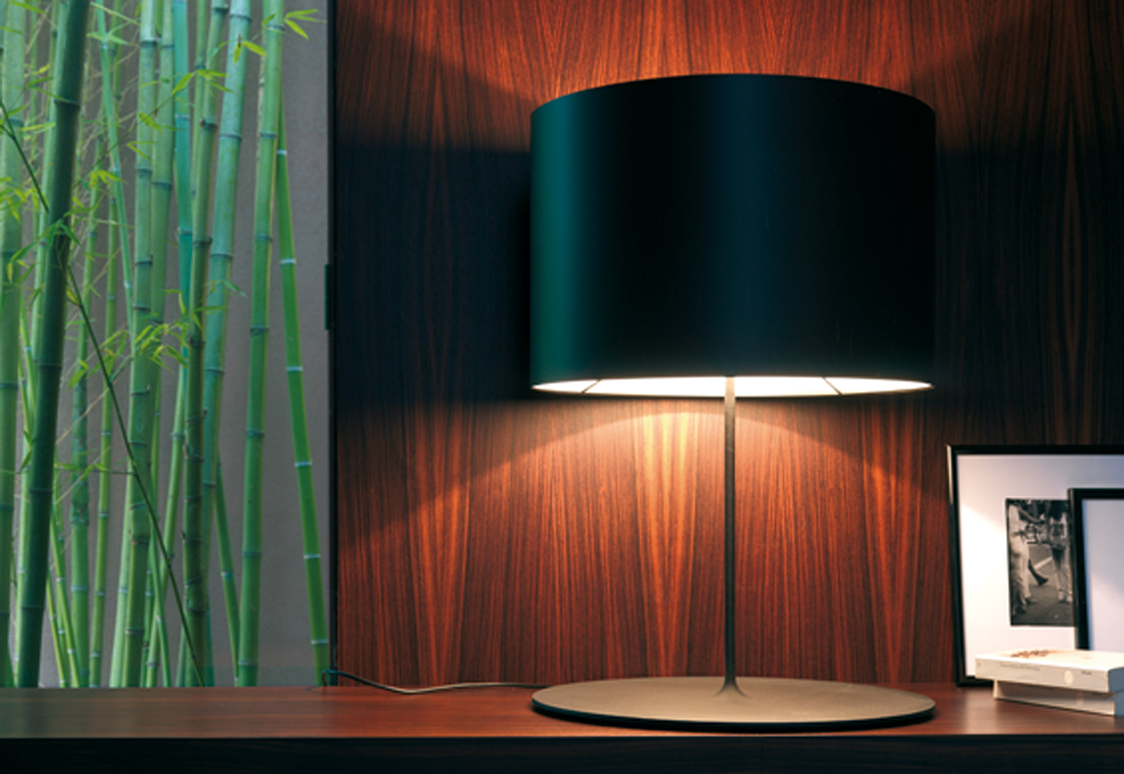 Half Moon Table Lamp By Karboxx Stylepark