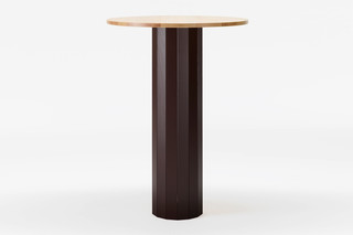 CAP cocktail table round  by  Karl Andersson