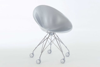 EroS on wheels  by  Kartell