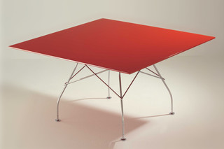Glossy  by  Kartell