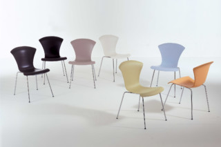 Nihau  by  Kartell