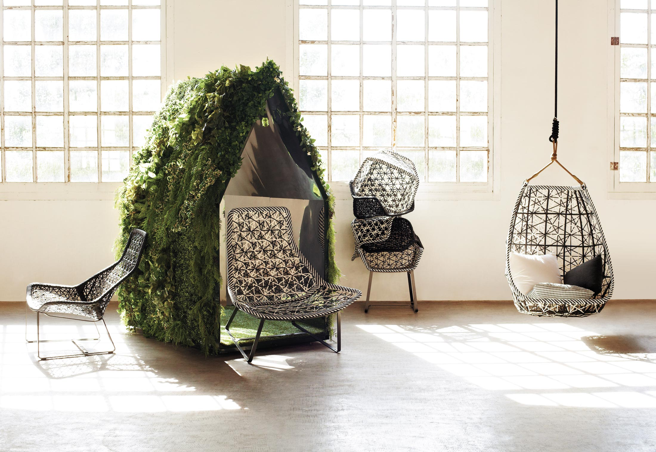 Maia swing by kettal stylepark for Kettal maia chair