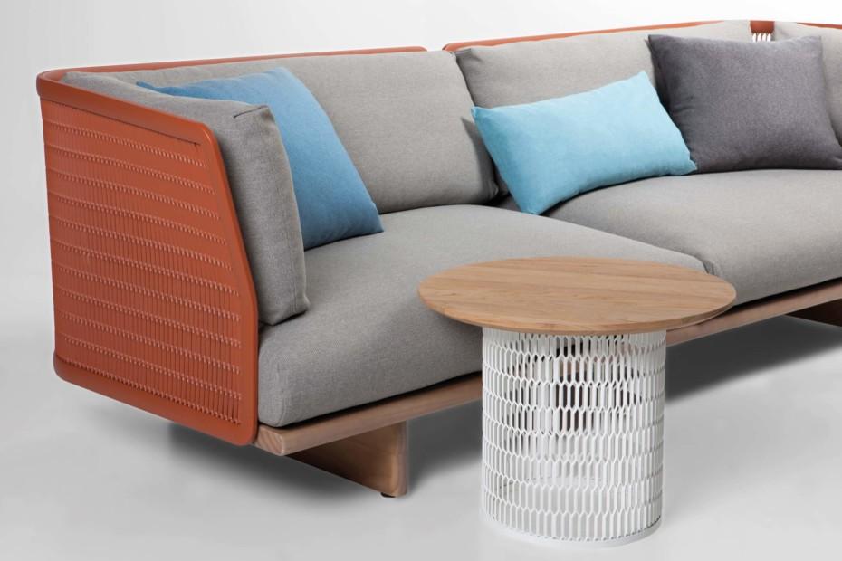 Mesh sofa