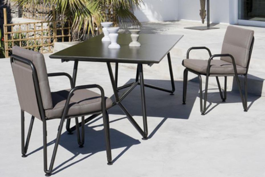 Toobo dinning table L