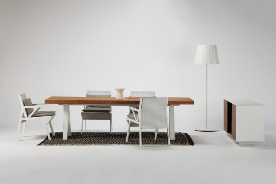 Vieques dining table