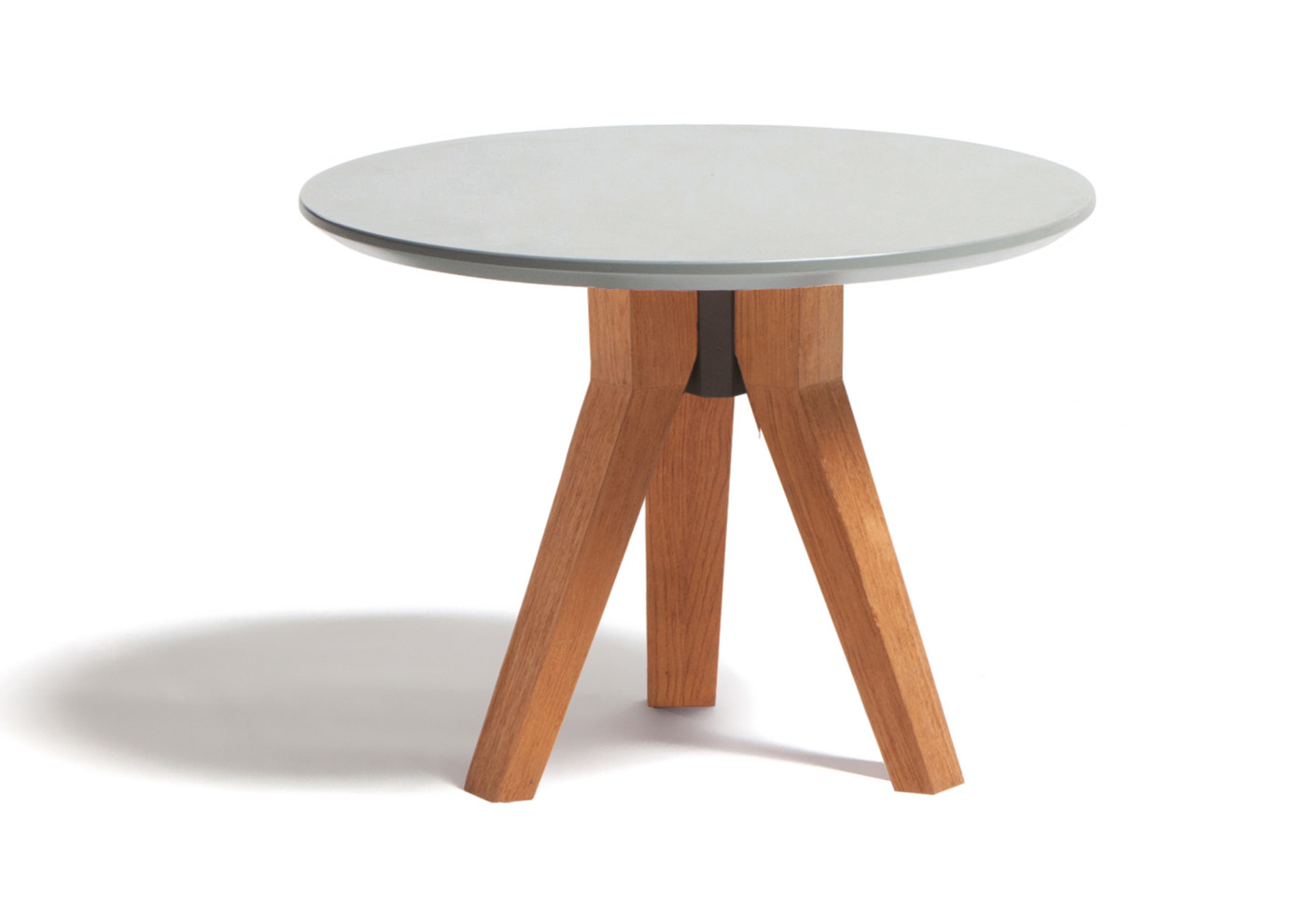 Vieques side table by kettal stylepark for Table extensible 90 90