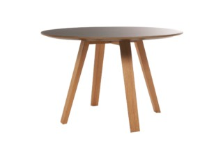 Maverick dining table round  by  KFF