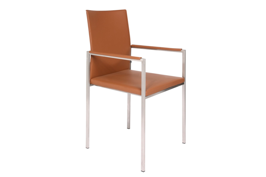 Nivo with armrests