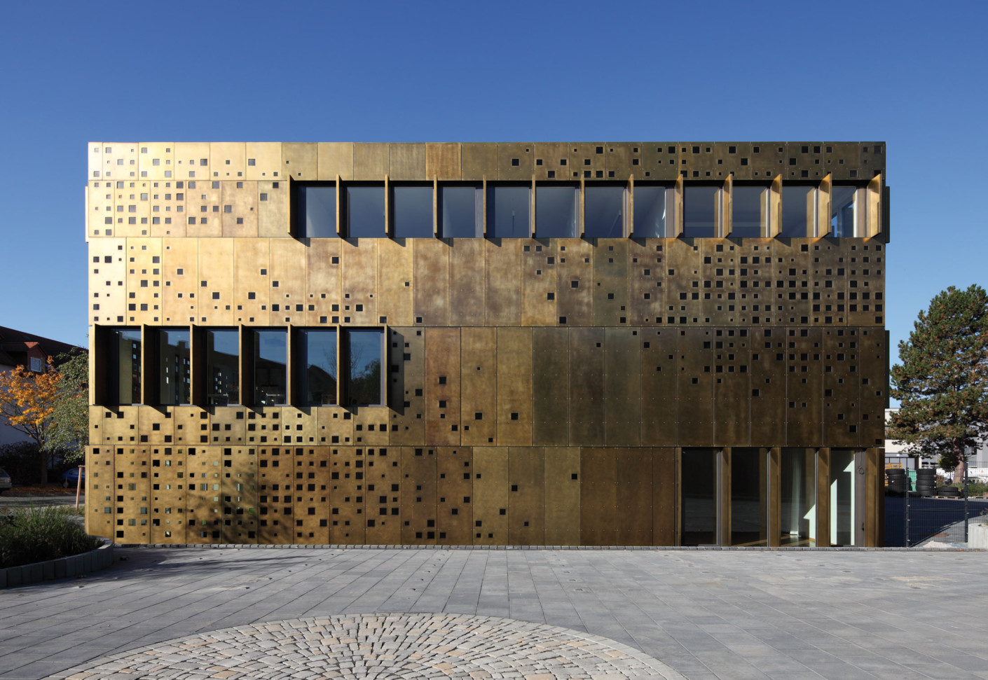 Tecu brass bond sheets by kme stylepark for Archi facade