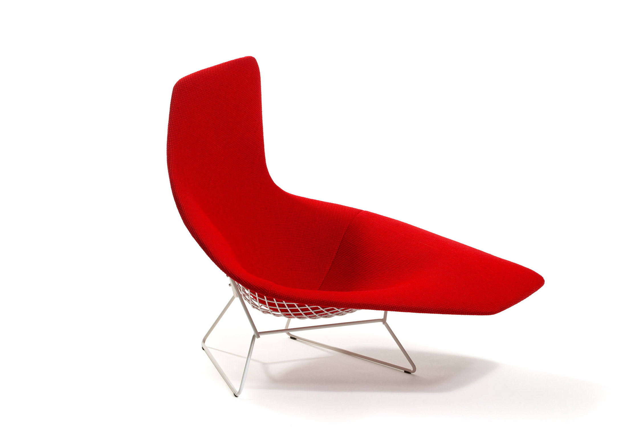 Bertoia asymmetric chaise by knoll stylepark for Chaise bertoia knoll