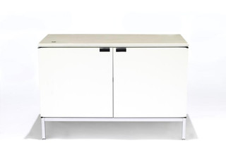 Florence Knoll Sideboard 1  von  Knoll