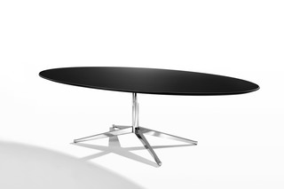 Florence Knoll Table  by  Knoll