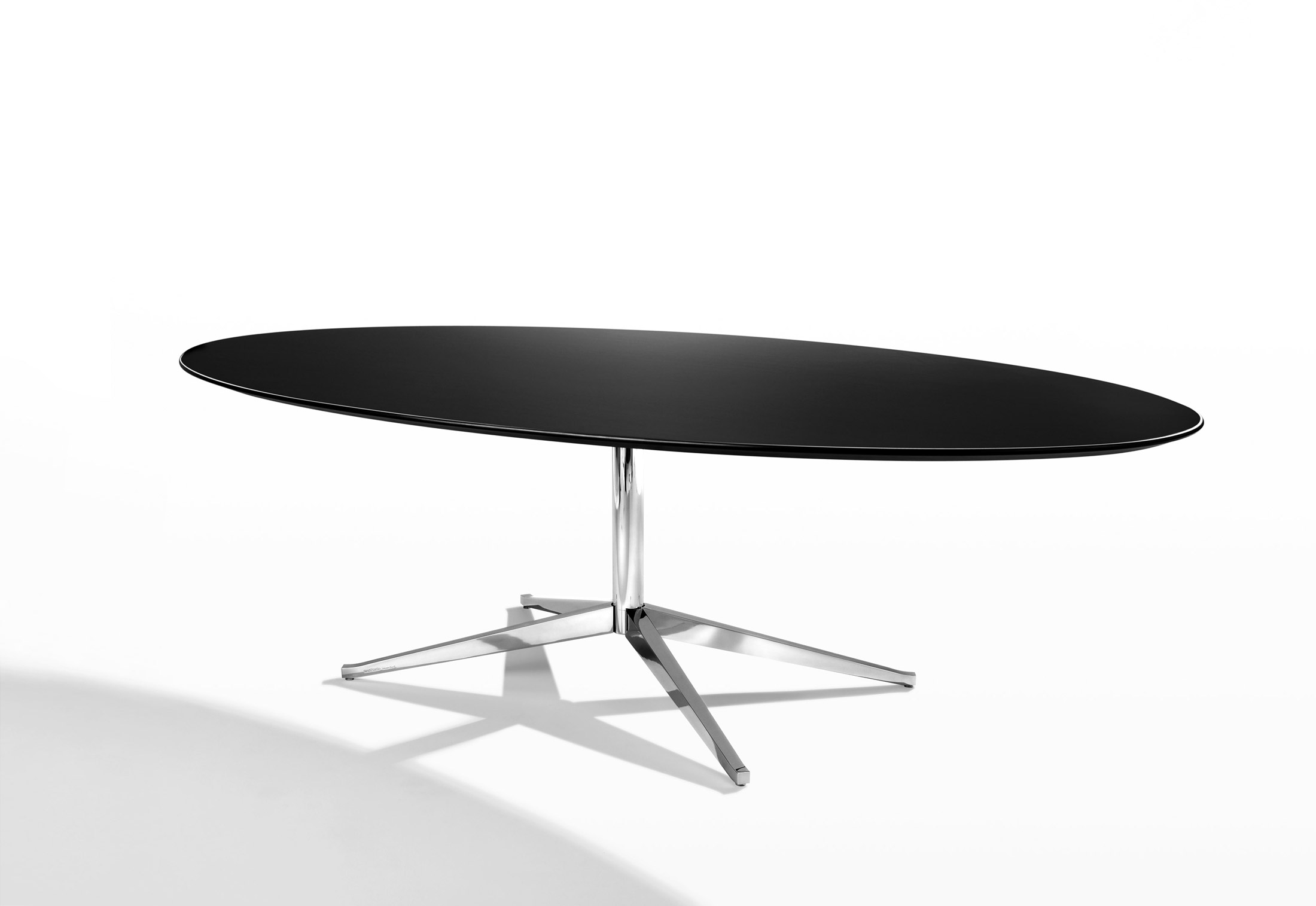 florence knoll table by knoll stylepark. Black Bedroom Furniture Sets. Home Design Ideas