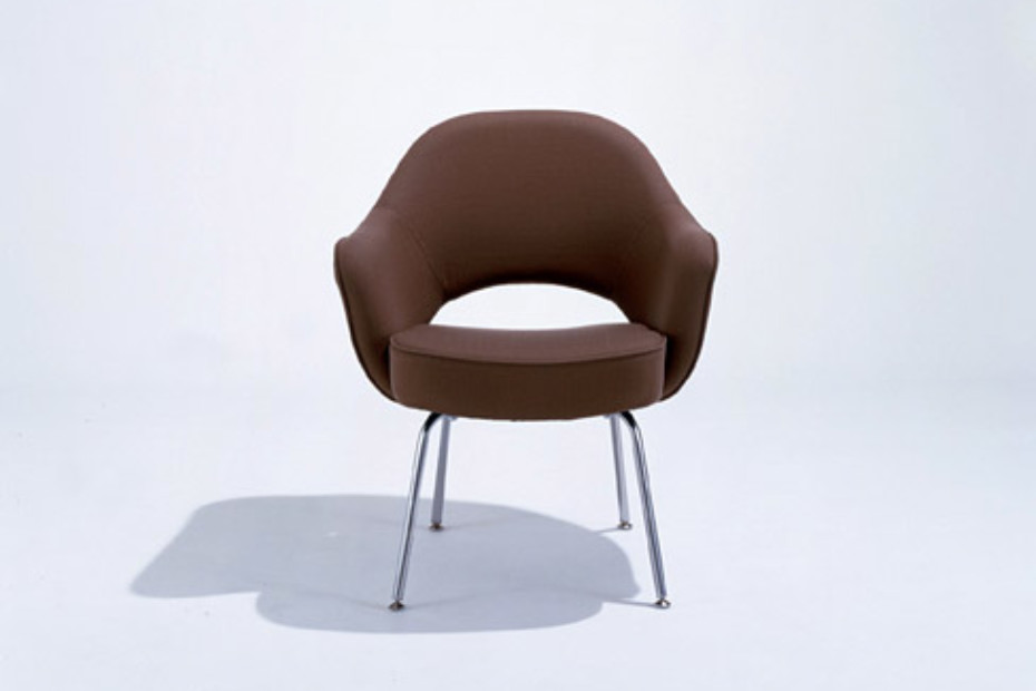 Saarinen Executive Conference Armchair 2