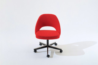 Saarinen Executive Conference Chair 1  by  Knoll