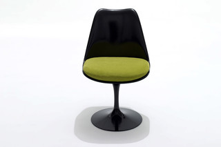 Saarinen Tulip Chair  by  Knoll