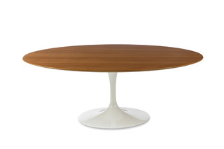 Saarinen Tulip dining table  by  Knoll