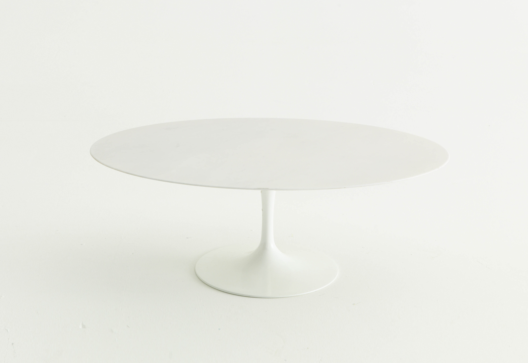 Saarinen Tulip Outdoor Dining Table; Saarinen Tulip Outdoor Dining Table ...