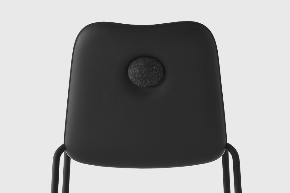 Boum black chair