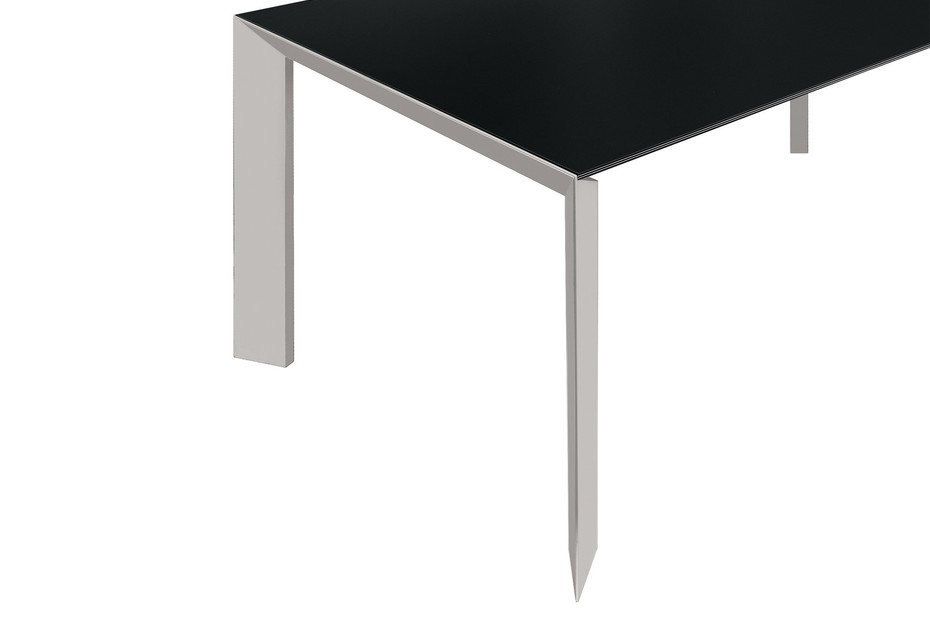 Nori Tisch