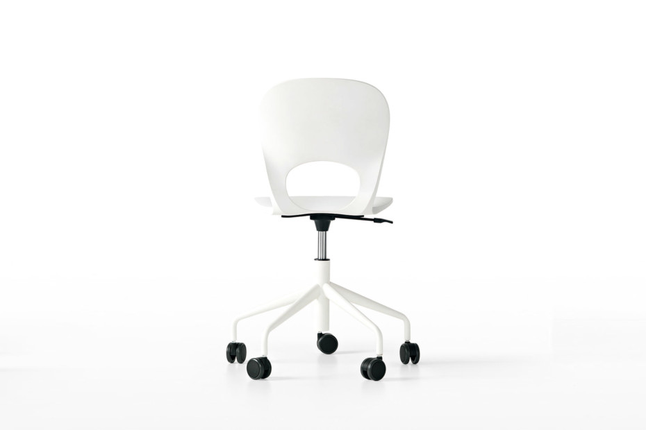 Pikaia Swivel