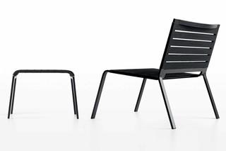 Rest footstool  by  Kristalia