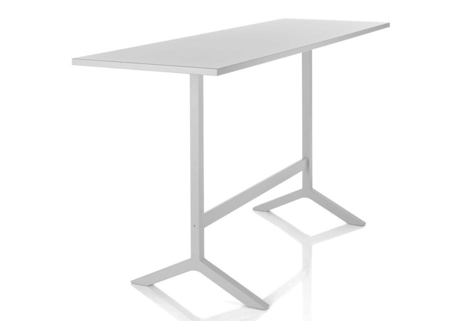 Funk bar table