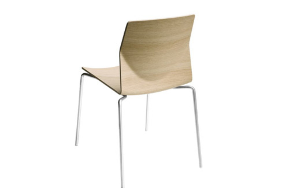Kai chair