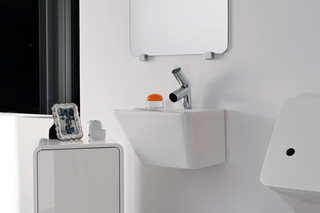 Il Bagno Alessi dOt small washbasin with integrated siphon cover  by  Laufen