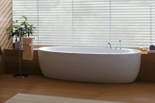 Il Bagno Alessi One bath tub  by  Laufen