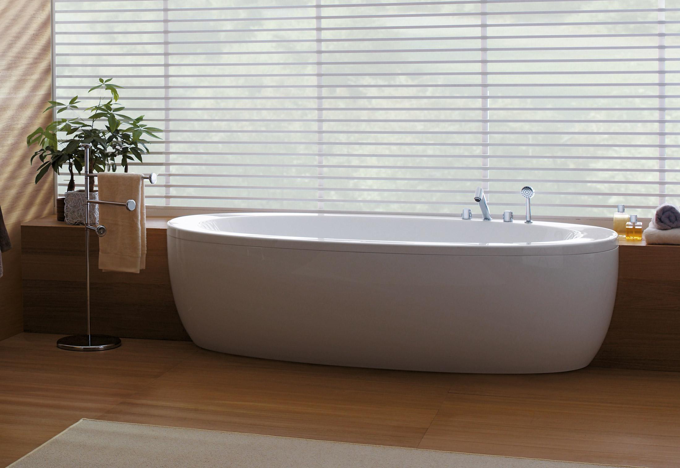 il bagno alessi one badewanne von laufen stylepark. Black Bedroom Furniture Sets. Home Design Ideas