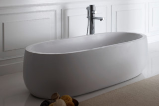 Il Bagno Alessi One freestanding bathtub  by  Laufen