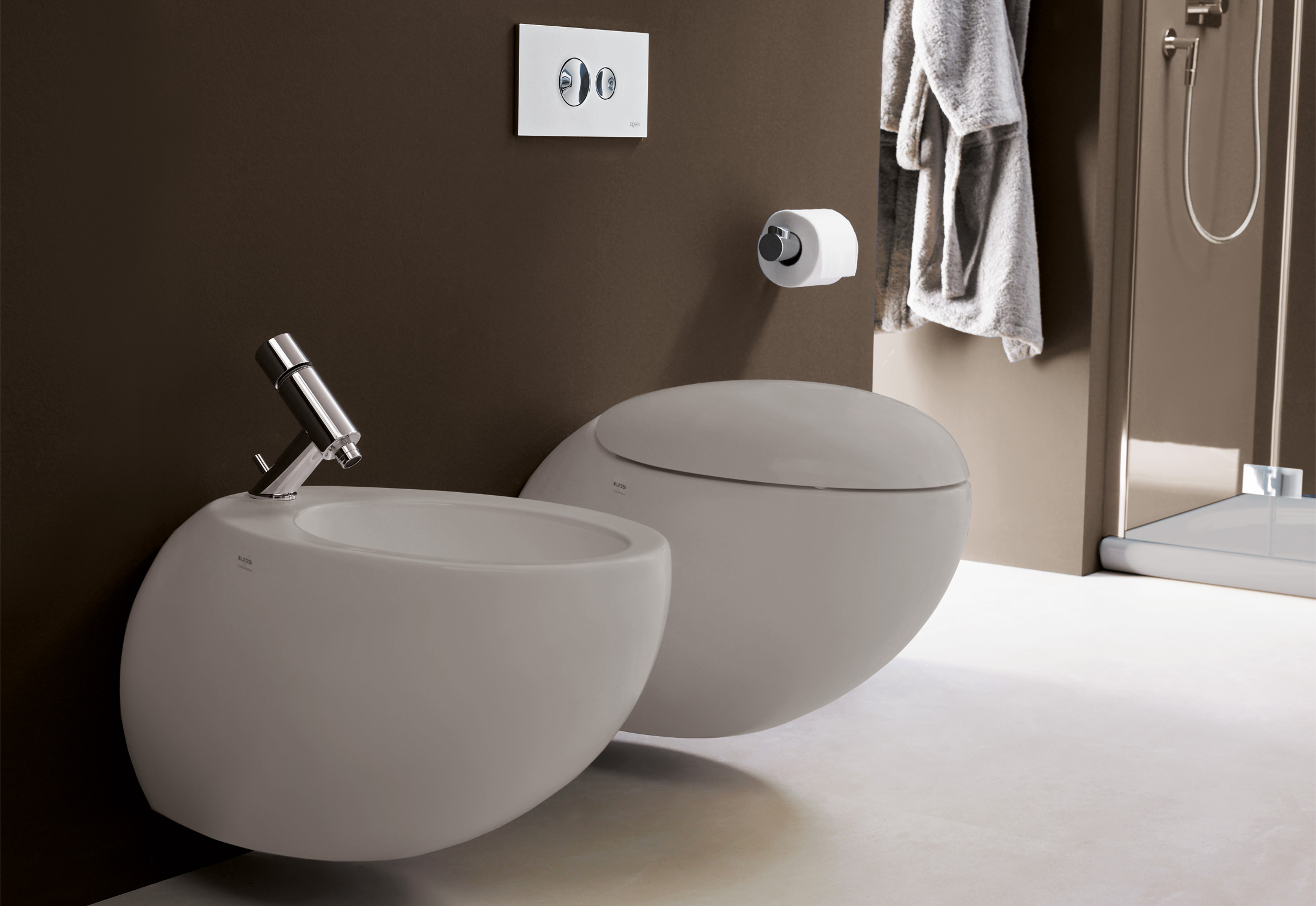 https://cdn.stylepark.com/manufacturers/l/laufen/produkte/il-bagno-alessi-one-wall-mounted-bidet/il-bagno-alessi-one-wall-mounted-bidet-1.jpg
