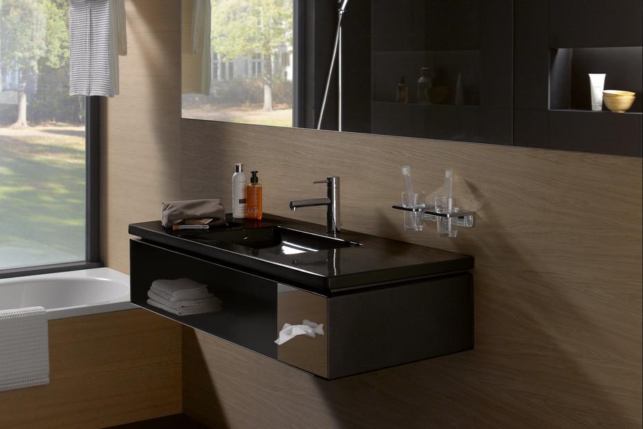 Living square Waschtischunterbau für Hotels mit Papierbox