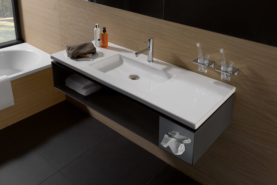 Living square vanity unit for hotel with tissue box