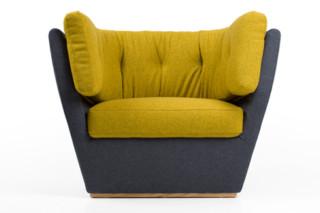 Hug Lounge Sofa  by  Leif.designpark
