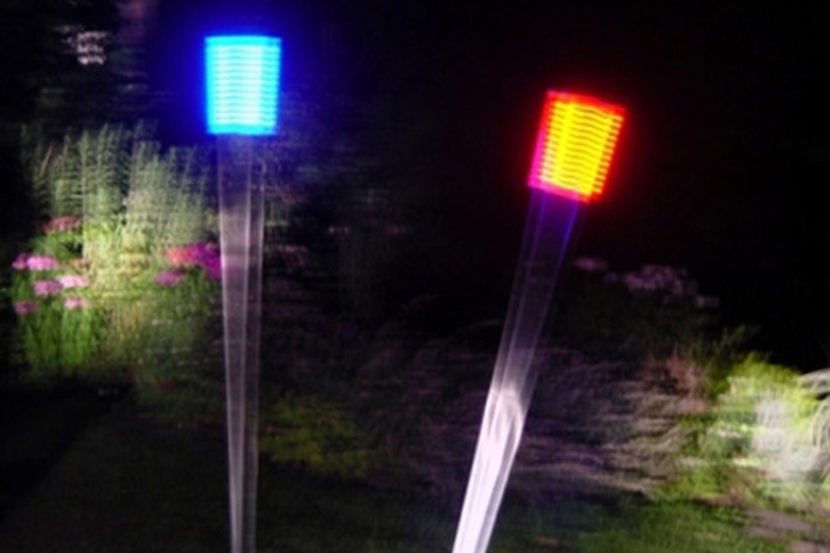 LED Swinging Lightpole