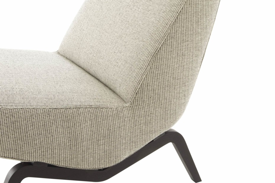 ARCHI easy chair