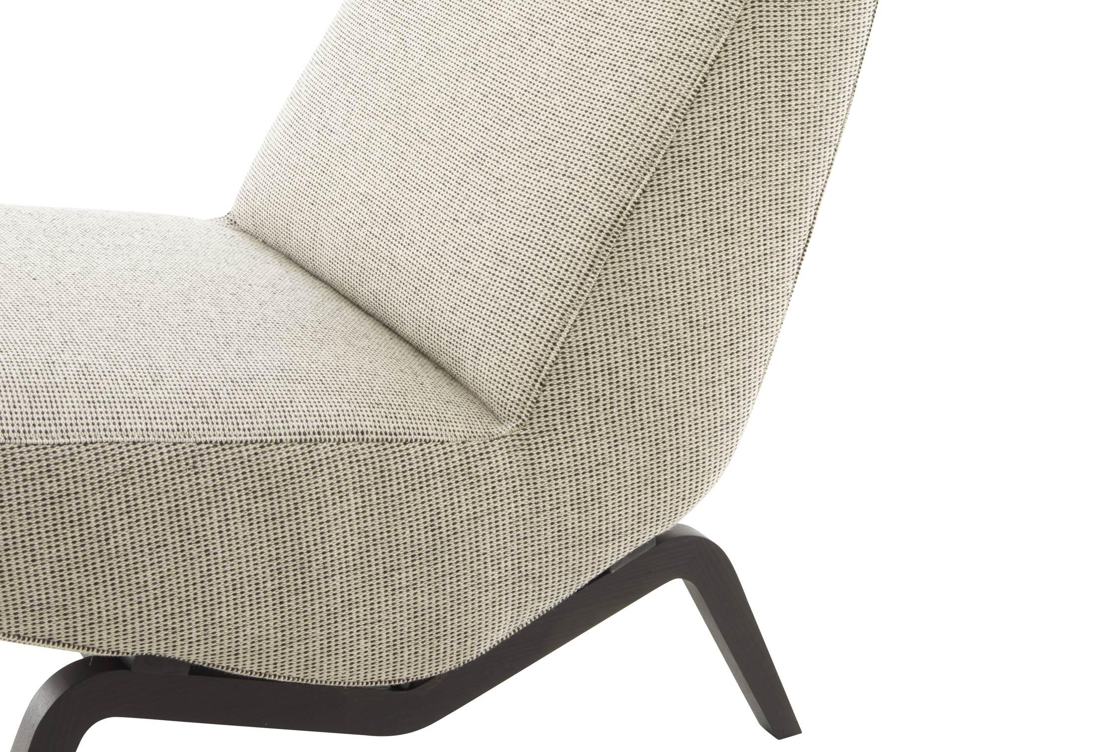 archi sessel von ligne roset stylepark. Black Bedroom Furniture Sets. Home Design Ideas
