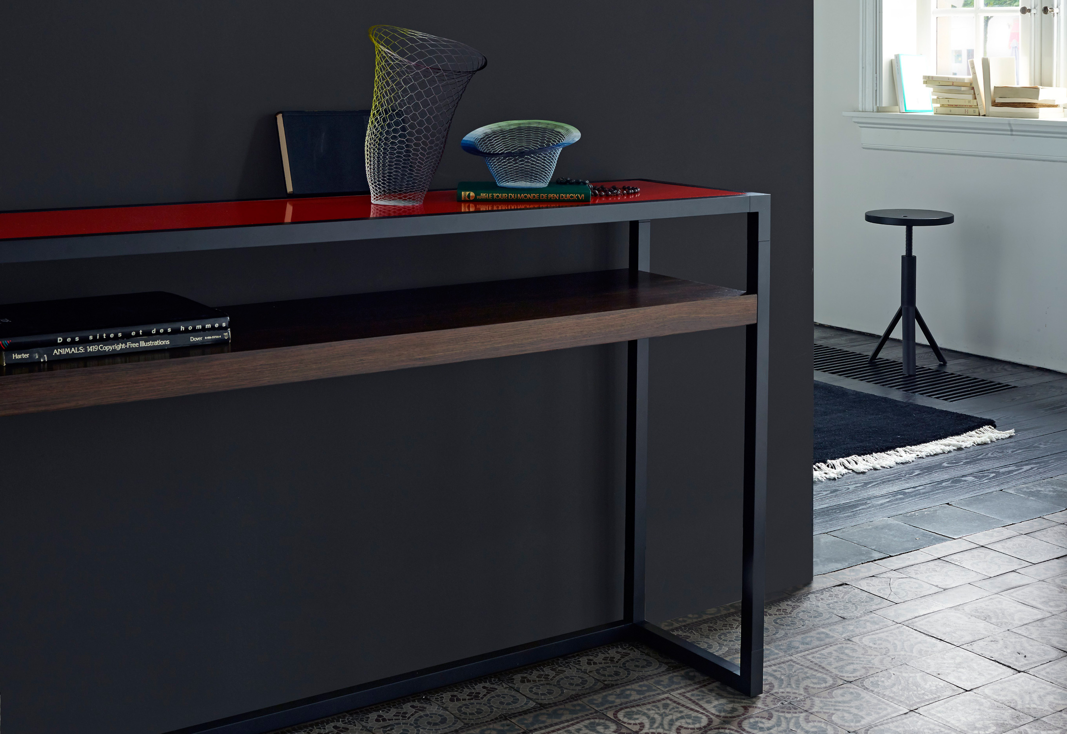 dedicato cupboard by ligne roset stylepark. Black Bedroom Furniture Sets. Home Design Ideas