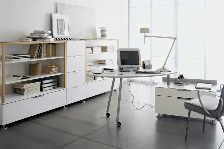EVERYWHERE Schreibtisch