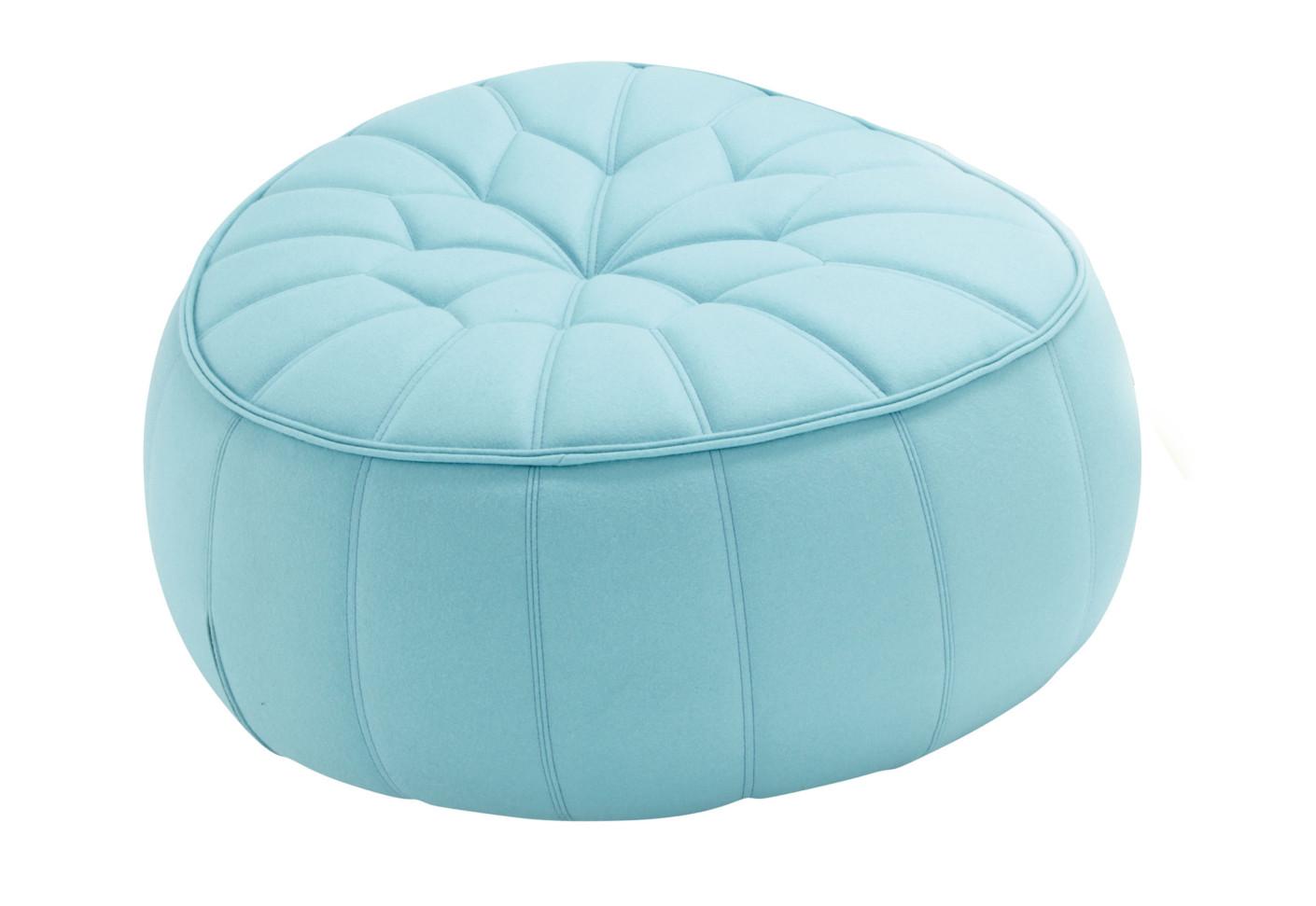 ottoman stool by ligne roset stylepark. Black Bedroom Furniture Sets. Home Design Ideas